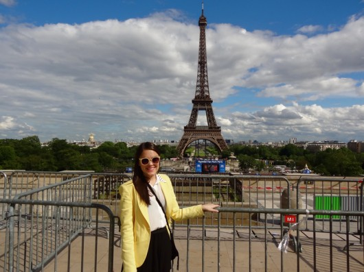 look-do-dia-look-du-jour-look-of-the-day-arco-do-triunfo-arc-de-triomphe-lari-duarte-blog-da-lari-.com-amarelo-yellow-blazer-tour-eiffel-torre