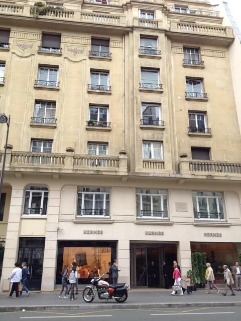 compras-compra-onde-comprar-em-paris-colette-faubourg-saint-honore-rue-lari-duarte-.com-blog-da-lari-moda-multimarcas-hermes-pop-up-store