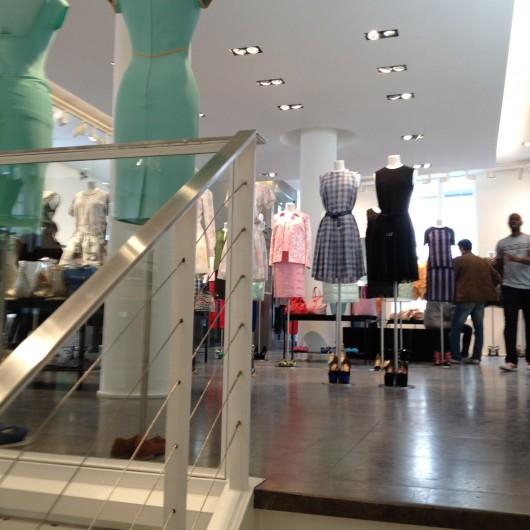 compras-compra-onde-comprar-em-paris-colette-faubourg-saint-honore-rue-lari-duarte-.com-blog-da-lari-moda-multimarcas