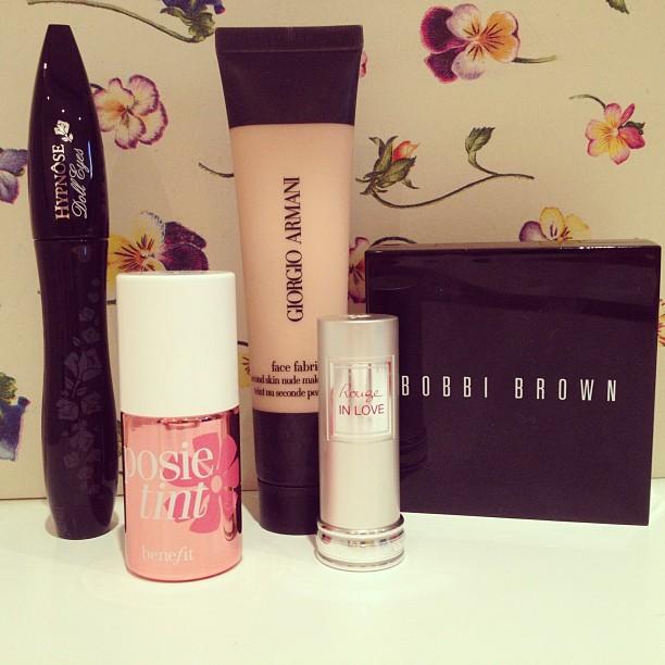 maquiagem-makeup-beauty-beauté-armani-benefit-bobbibrown-lancome-rimellancome-dicasdemaquiagem-blogdalari-lariduarte-lariduarte.com