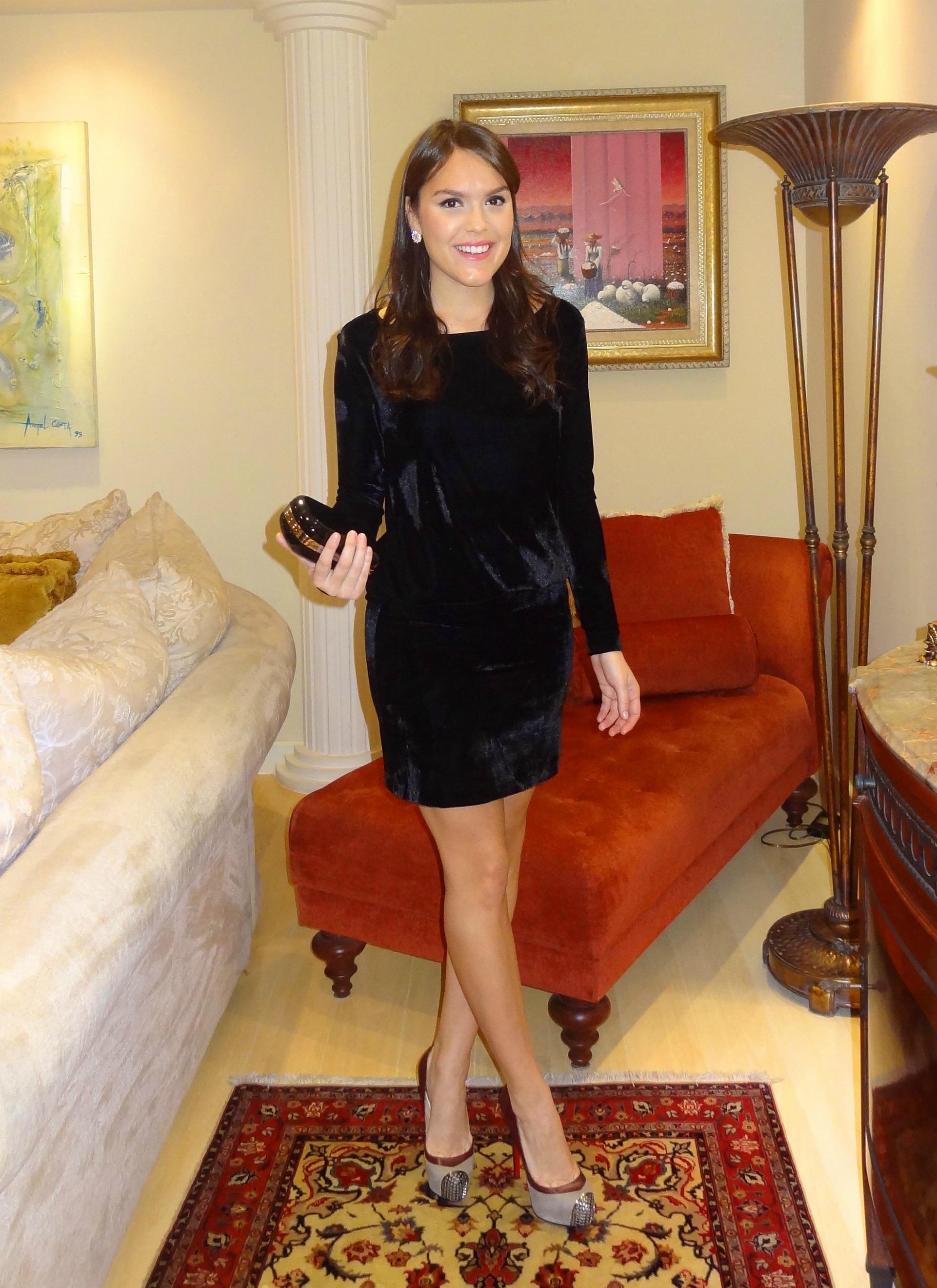 look-lookdodia-looknoite-vestido-veludo-veludopreto-blogdalari-lariduarte-larissaduarte-lariduarte.com-dresslounge