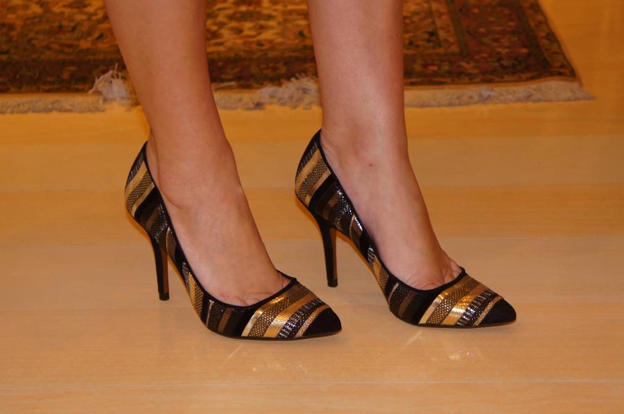 shoes-zara-golden-black-escarpin-scarpin-lookoftheday-look-of-the-day-du-jour-blog-da-lari-duarte-.com-blogdalari-lariduarte.com-moda-do-dia-lookdodia-fashion-blogger