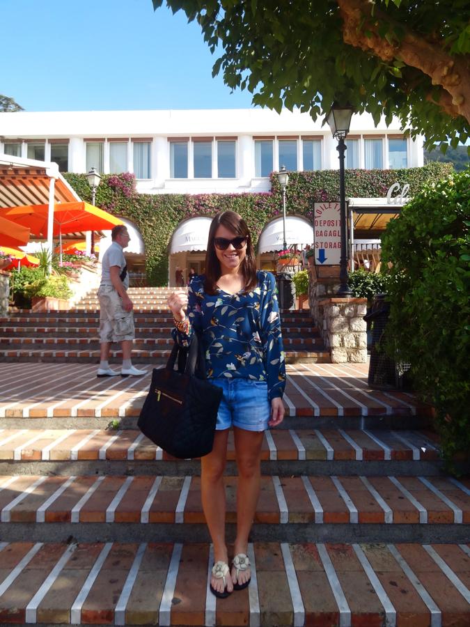 capri-gruta-azurra-lindo-azul-mar-itália-blog-da-lari-duarte-.com-dica-de-viagem