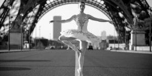 Ballet nas ruas de Paris