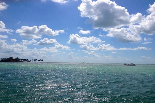 Lari-Duarte-.com-Miami-onde-alugar-barco-rent-boat-tips-4.jpg