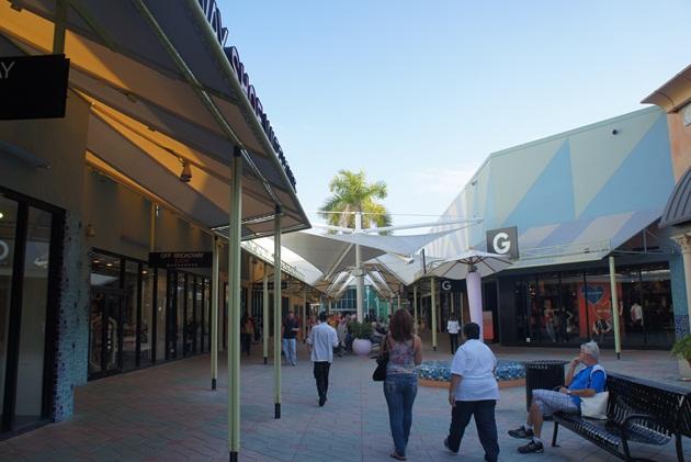 Lari-Duarte-blog-outlet-Miami-Sawgrass-dicas-Mills-tip
