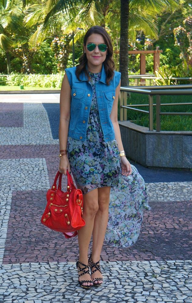 Carmen-Steffens-Lari-Duarte-sandálias-spikes-onde-comprar