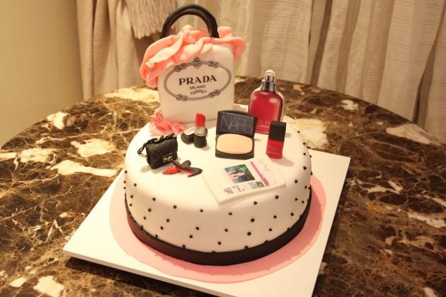 Com-feito-bolo-inspiração-Lari-Duarte-site-blog