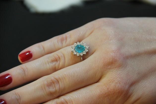 Apaixonei por esse anel de turmalina paraíba