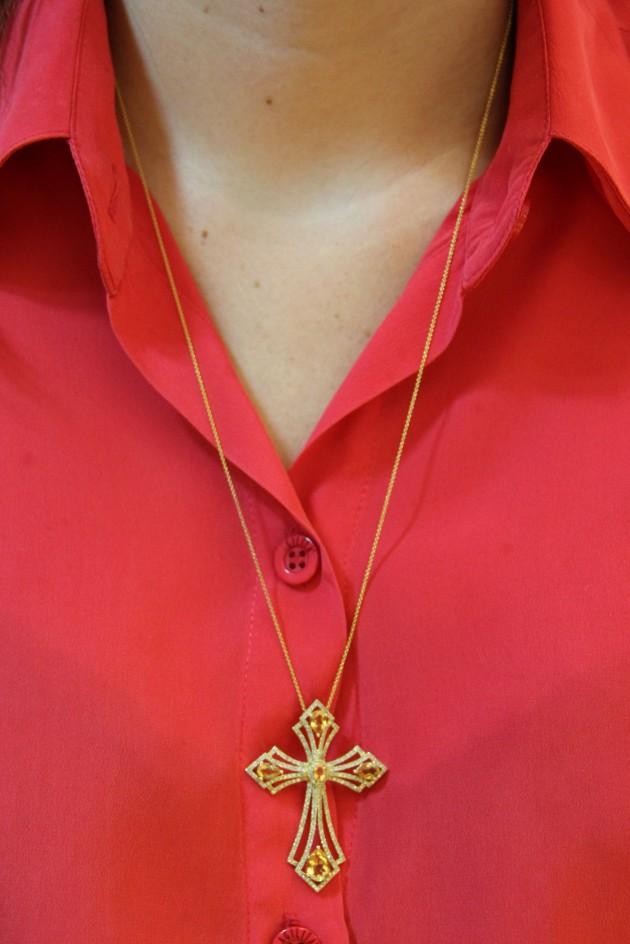 Mais um crucifixo que amei. Acho uma peça atemporal também