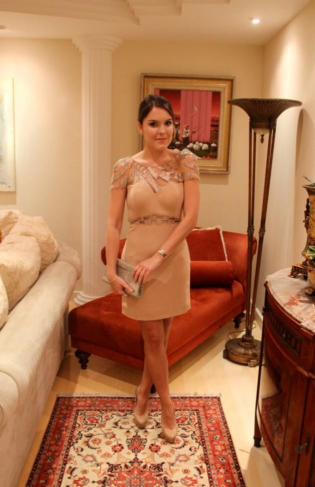 Cosh-moda-festa-look-vestido-nude-Lari-Duarte-padrinhos-madrinha-inspiração-5