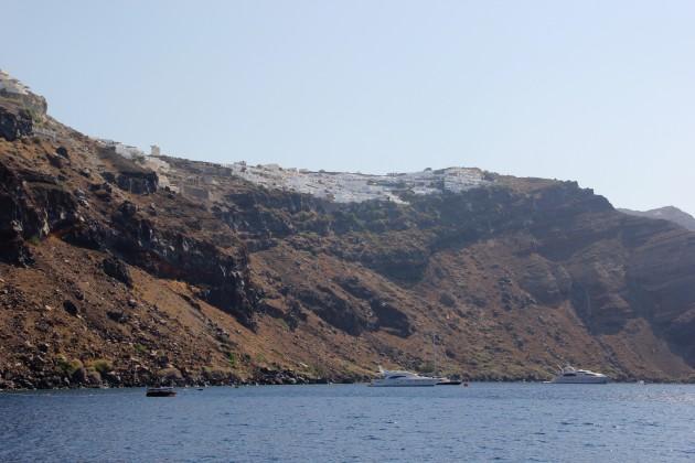 Santorini-passeio-de-barco-sailling-cruise-Oía-Lari-Duarte-viagem-dicas-Grécia-