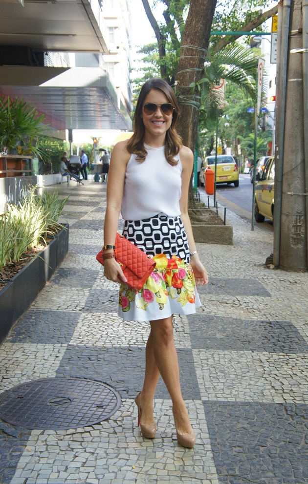 Boutique-B-Online-1-ano-coletivo-de-blogs-Lari-Duarte-Rio-cariocas-Isolda-London-saia-