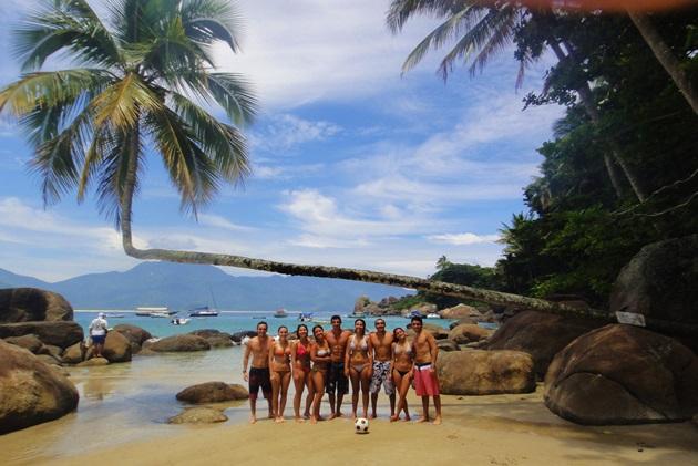 Angra-dos-Reis-como-chegar-onde-ir-praias-dicas-de-viagem-praias-ilhas-tudo-sobre-Lari-Duarte-ilha-grande-13