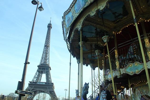 Paris-Tour-Eiffel-dicas-de-viagem-tudo-sobre-Lari-Duarte-blog-site-8