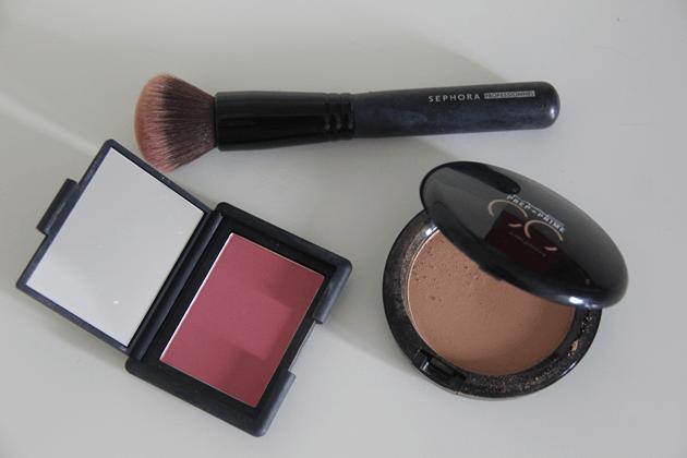Dicas-de-maquiagem-últimas-compras-tutorial-cc-cream-mac-nars-Lari-Duarte-blog-5