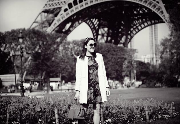 Fotos-em-Paris-Fabiana-Maruno-Fotógrafa-Booking-cidade-luz-look-Lari-Duarte-dicas-torre-eiffel-tour-blog-1