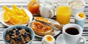 Saúde em foco: mantendo o peso em viagens