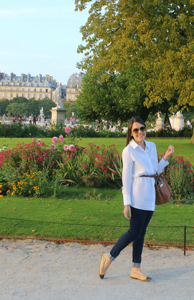 Créditos look: calça e cinto Zara/ camisa Cos/ sapatilhas Chanel/ bolsas Hermés/ óculos Rayban