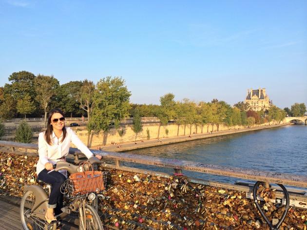 Velib-Paris-bicicleta-como-alugar-tudo-sobre-dicas-passeio-barato-em-conta-econômico-Lari-Duarte-blog-5