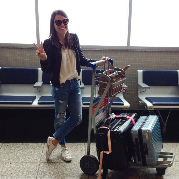 Euzitcha sempre feliz indo viajar ; )