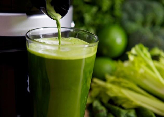 Receita-de-como-preparar-suco-verde-gostoso-a-seu-modo-delicioso-Lari-Duarte-nutrição-Fábia-dicas-fitness-saudável-Lari-Duarte-3