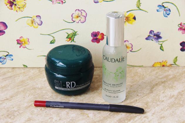 Dica-de-beleza-eau-de-beauté-caudalíe-beauty-elixir-dicas-de-maquiagem-Lari-Duarte-blog-tudo-sobre-1
