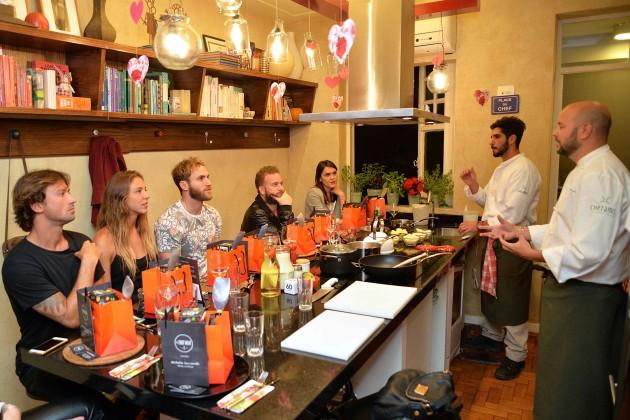Parte da turma concentrada nos ensinamentos do Chef Christiano Ramalho