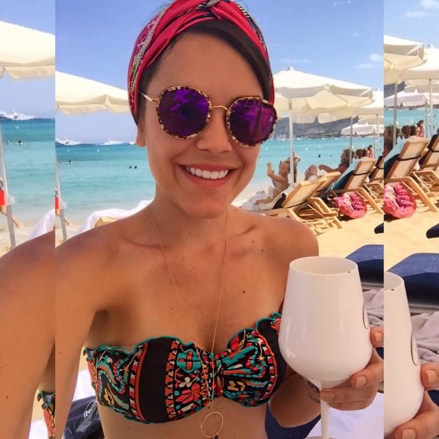 Como amarrar lenço na cabeça como faixa dicas tutorial passo a passo Lari Duarte blog