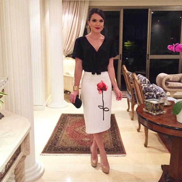 Look do dia Elle Fashion Previiw P&B preto e branco tendência trend como emagrecer truque de styling Lari Duarte blog