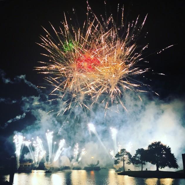 Show de fogos que assistimos no parque Epcot. Lindo!