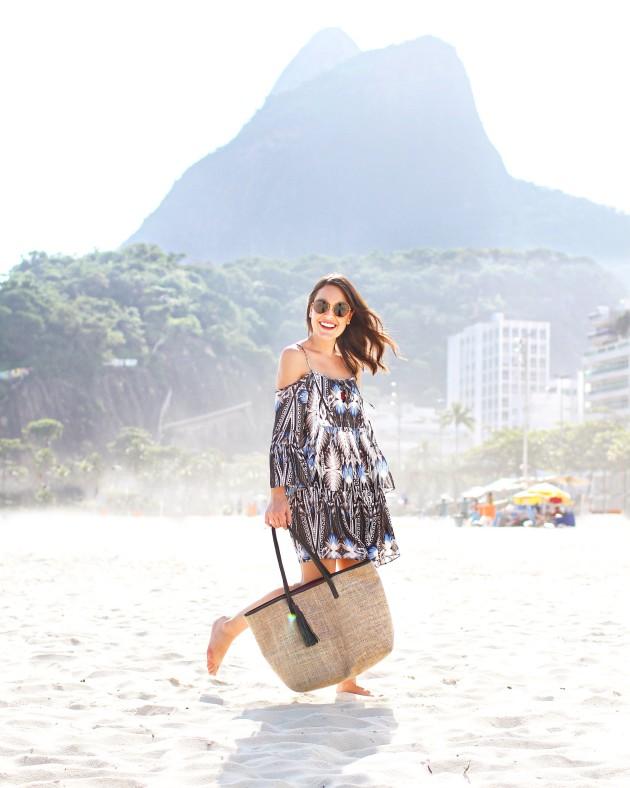 Look-do-dia-bolsa-de-praia-summer-bag-Lari-Duarte-para-Amie-verão-bolsa-de-palha-a-venda-preço-bom-shoplixmix-ecommerce