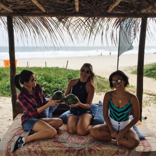 Com as meninas da Dupla Carioca