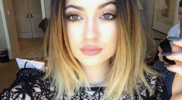 batom-Kylie-Jenner-inspiração-siren-Pausa-Para-Feminices-cor-tom-rosa-Lari-Duarte-blog-dica-cor-de-boca-perfeito-sugestão-onde-comprar