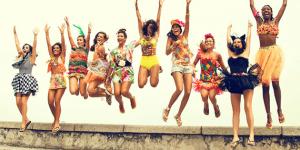 Como se vestir para um bloco de Carnaval?